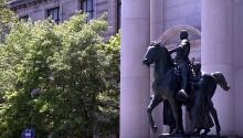 ნიუ-იორკში პრეზიდენტ რუზველტის ძეგლს აიღებენ